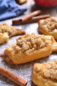 apple-pie-crescent-rolls