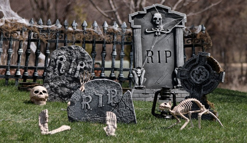 40 cheap easy diy halloween decorations prudent penny. Black Bedroom Furniture Sets. Home Design Ideas