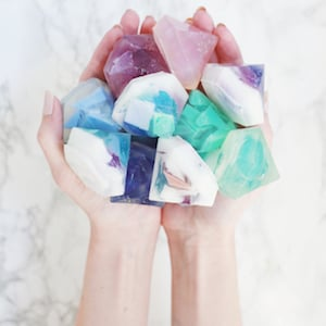Gemstone Soap DIYgift