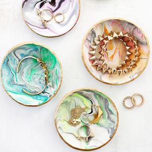 Marbled Clay Ring Dish DIY gift idea