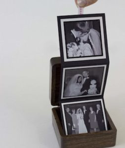 Monogrammed Pop Up Photo BoxDIY Christmas gift