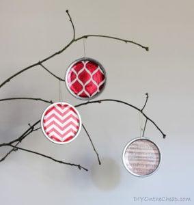 Mason Jar Lid Ornaments