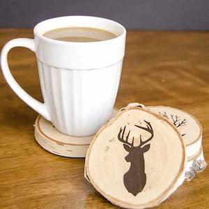 DIY Painted Wood Slice CoastersChristmas gift