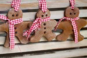Gingerbread Men DIY Christmas Ornaments