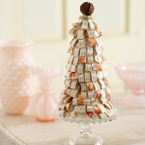 50 diy mini christmas trees prudent penny pincher. Black Bedroom Furniture Sets. Home Design Ideas