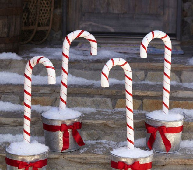 Homemade Decoration Ideas: 50 Cheap & Easy DIY Outdoor Christmas Decorations