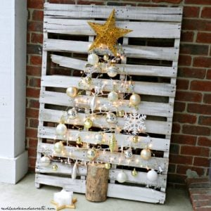 outdoor pallet2 - Craigslist Outdoor Christmas Decorations