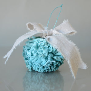 pom-pom-ornament-tutorial-1
