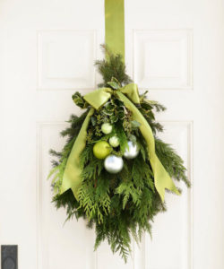 wreath-green