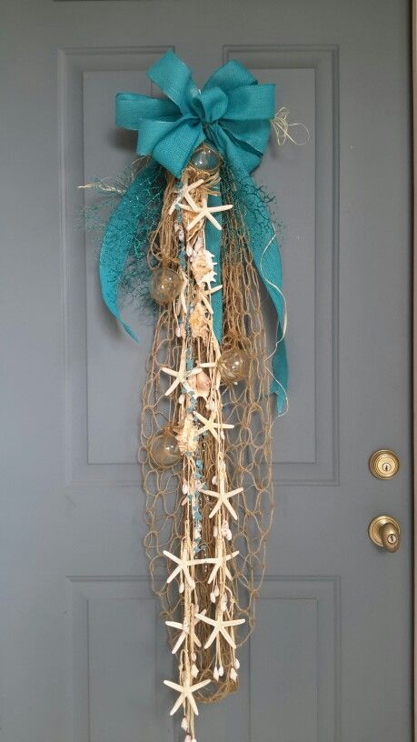 coastal christmas front door - Coastal Christmas Decor