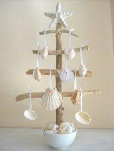 beach-christmas-decor-ideas-17
