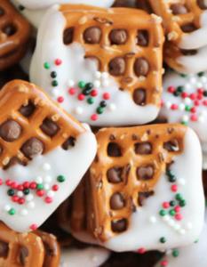 Christmas Rolo Candy Pretzel Sandwiches Recipe