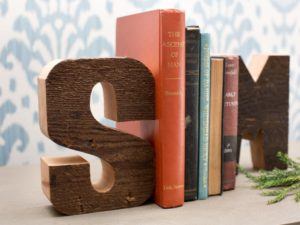 wood-book-end