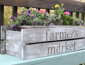 Pallet Farmhouse Planter Box