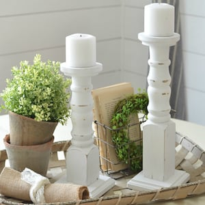 Easy DIY Farmhouse Candlesticks