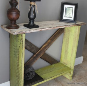 Rustic Pallet Sofa Table