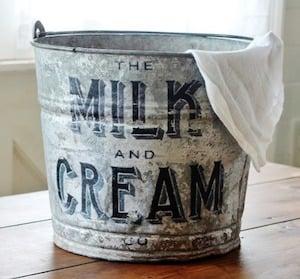 Farmhouse Galvanized Bucket Makeover