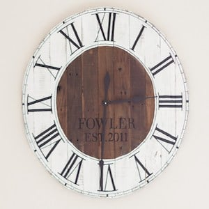 Pallet Wood Farmhouse Clock