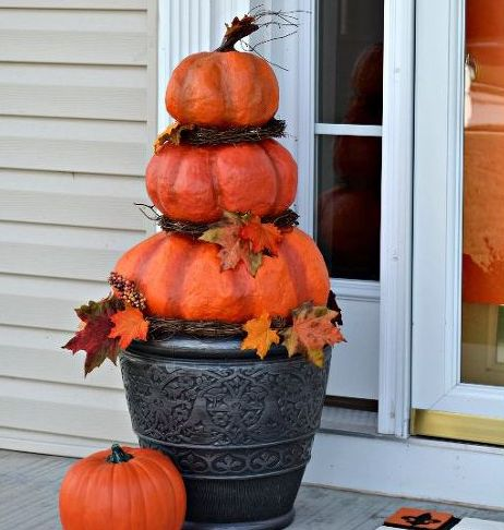 diy outdoor pumpkins trash bag plastic bags newspaper tape latex paint urethane pipe urn grapevine fall leaf garland - Outdoor Pumpkin Decorations