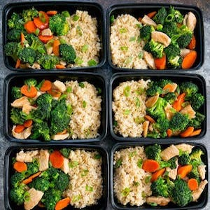 Meal prep Chicken and Broccoli Stir Fry