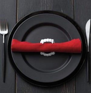 Vampire napkin holder on black platehalloween party table decor