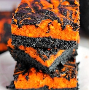 Halloween Swirl Cream Cheese Brownies for a party