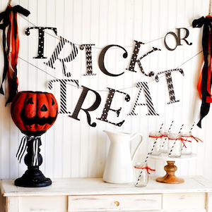 """""""Trick or Treat"""" Bannerfor a halloween party"""