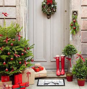 christmas tree and presents front porch source unknown