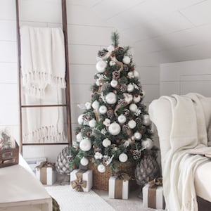 farmhouse christmas trees diy ornaments - Farmhouse Christmas Tree Decorations