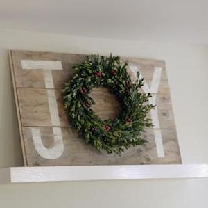 100 rustic christmas decor diy ideas prudent penny pincher you could either buy the sign on sale or make it yourself with scrap wood and a drill solutioingenieria Images
