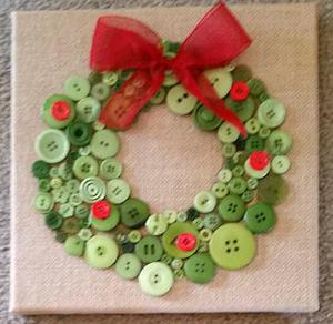 Button Wreath Christmas Craft