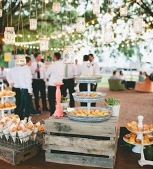 Rustic-country-wooden-crate-wedding-food-bar-decor-ideas - Prudent ...