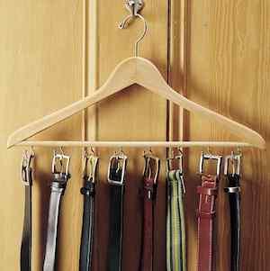 Wooden Hanger Belt Rack
