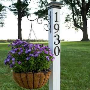 20 Great DIY Front Yard Decor Projects