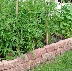 Retaining Wall Block Raised Garden Bed
