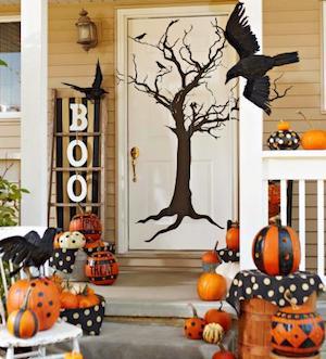 spooky tree on front door