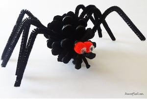 pinecone spider halloween craft for kids
