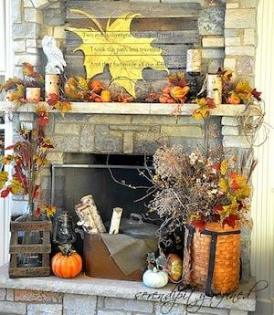 Rustic Fall Leaf Pallet Mantel