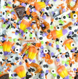 Halloween Candy Oreo Bark Treats
