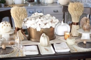 Black and Gold Thanksgiving Tablescape
