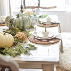 DIY Thanksgiving Table Setting with Magnolia Leaves and Eucalyptus