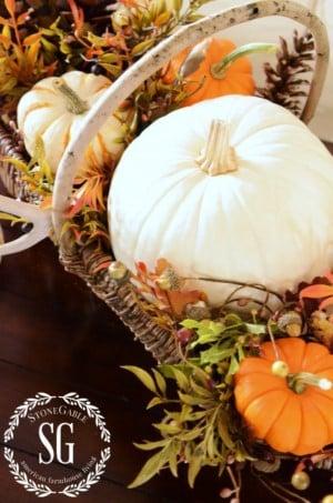DIY Basket Thanksgiving Centerpiece