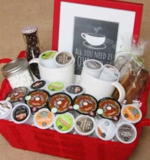 Christmas Gift Baskets Ideas.120 Diy Christmas Gift Baskets Prudent Penny Pincher
