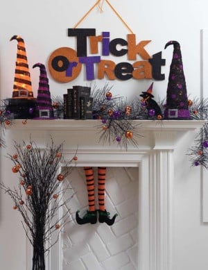 Glittery and cute Trick or Treat Mantel