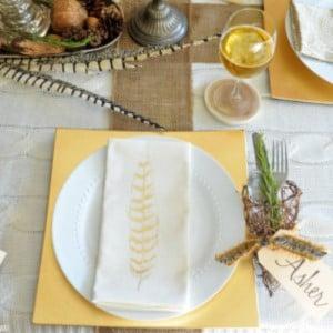 Natural & Neutral Thanksgiving Table decor
