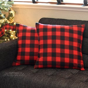 $3 DIY Dollar Spot Pillow
