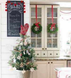 christmas farmhouse kitchen decorations