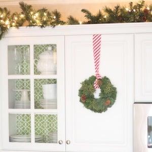 Christmas Kitchen Cabinets Decor