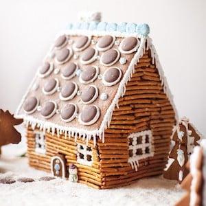 Gingerbread Rustic Log Cabin