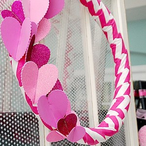 15 DIY Valentines Day Wreaths You Can Craft (Part 3)